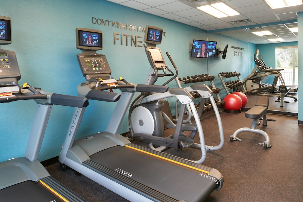 Fitness Facility, Fairfield Inn & Suites by Marriott Detroit Troy