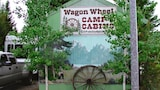 Wagon Wheel Cabins & RV Park - West Yellowstone Hotels