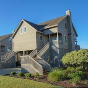 Serenity Point Coquina 2 Br home by RedAwning