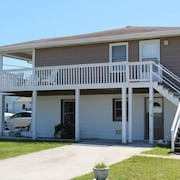 Hoot Channel Blvd 1101 A 2 Br home by RedAwning