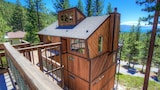 Village w/Breathtaking Views Hot Tub 5 Br cabin by RedAwning - Incline Village Hotels
