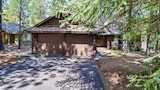 Conifer 9 - 5 Br home by RedAwning - Sunriver Hotels