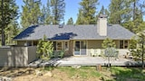 Hart Mountain 18 3 Br home by RedAwning - Sunriver Hotels