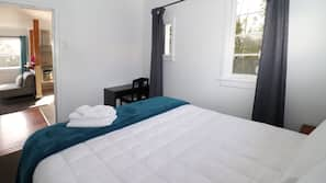 5 bedrooms, desk, iron/ironing board, free cots/infant beds