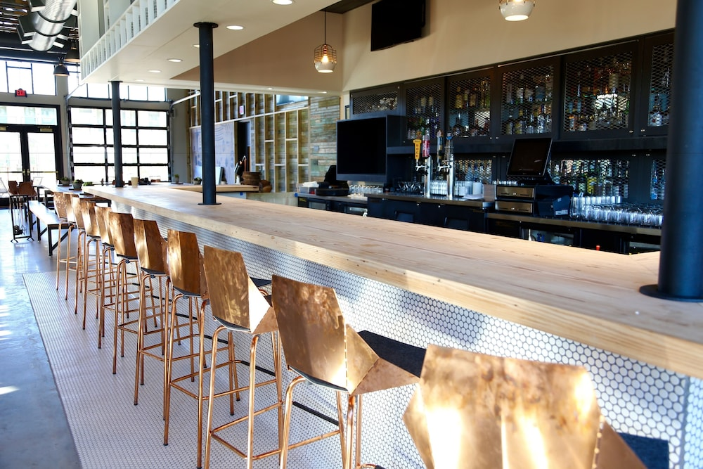Bar, Cavalry Court, by Valencia Hotel Group