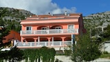 Amari Apartments - Starigrad Hotels