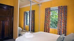 2 bedrooms, premium bedding, individually decorated