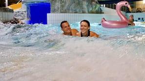 5 indoor pools, 2 outdoor pools