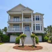 186 Tidewater Watch 6 Br home by RedAwning