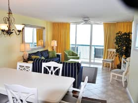Ashworth 1402 3br 3ba Oceanfront. A Great Unit With Free Wifi. 3 Bedroom Condo