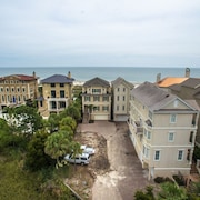 21 Horvath's Peninsula Oceanfront 6 Br home by RedAwning
