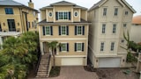 21 Horvath's Peninsula Oceanfront 6 Br home by RedAwning - Hilton Head Island Hotels