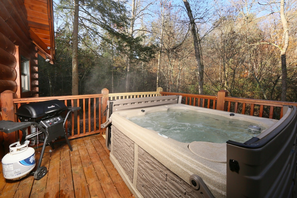 Book southern hospitality 2 br cabin by redawning for 37862 vessing terrace