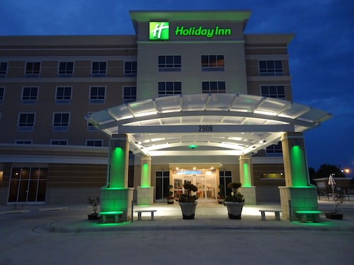 Great Place to stay Holiday Inn Jonesboro near Jonesboro