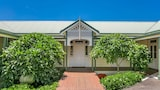 Cedargrove Estate - Bangalow Hotels