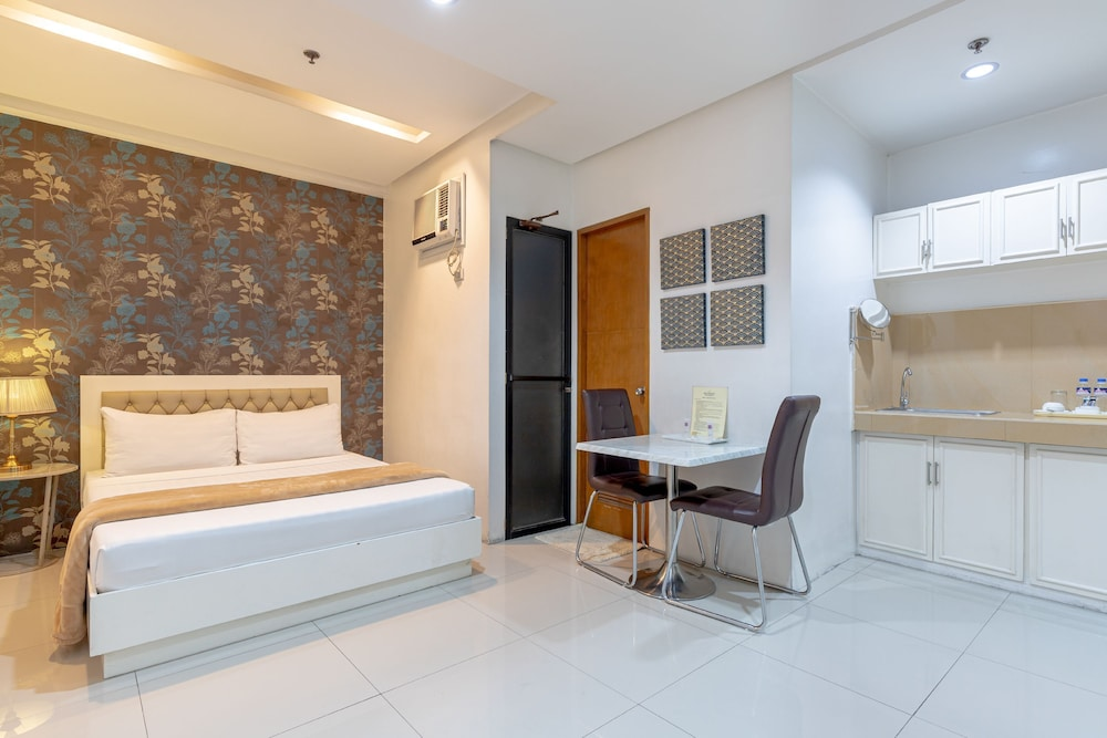 Room Amenity, Baymont Suites & Residences