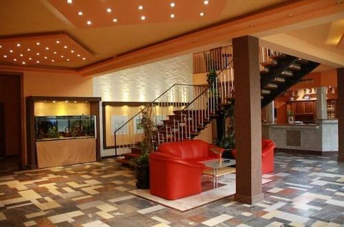 Felsenmuhle Sachsen Hotel Und Restaurant