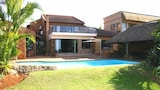 8 Royal Palm Bed & Breakfast - Umhlanga Hotels