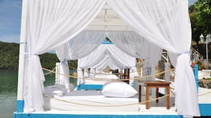 Private beach, scuba diving, beach volleyball, rowing