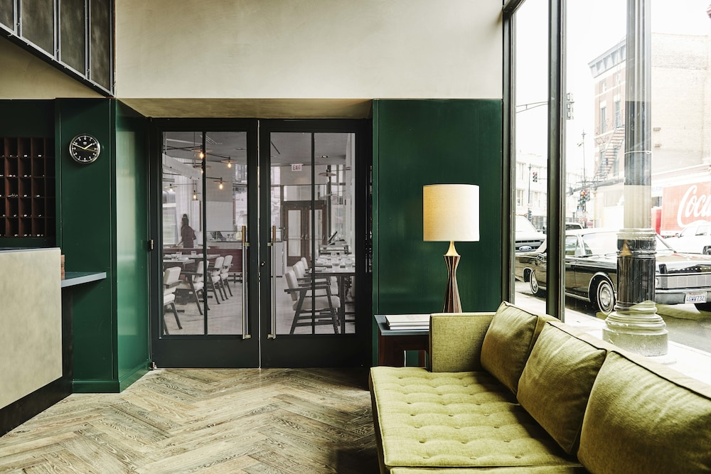 The robey in chicago hotel rates reviews in orbitz for Robey hotel chicago