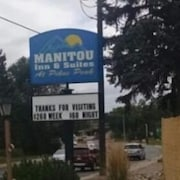 Manitou Inn & Suites