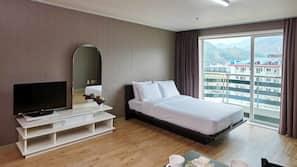1 개의 침실, 무료 WiFi