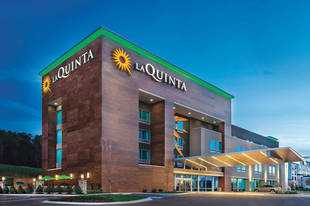 Marvelous La Quinta Inn Suites By Wyndham Cleveland Tn In Beutiful Home Inspiration Ponolprimenicaraguapropertycom