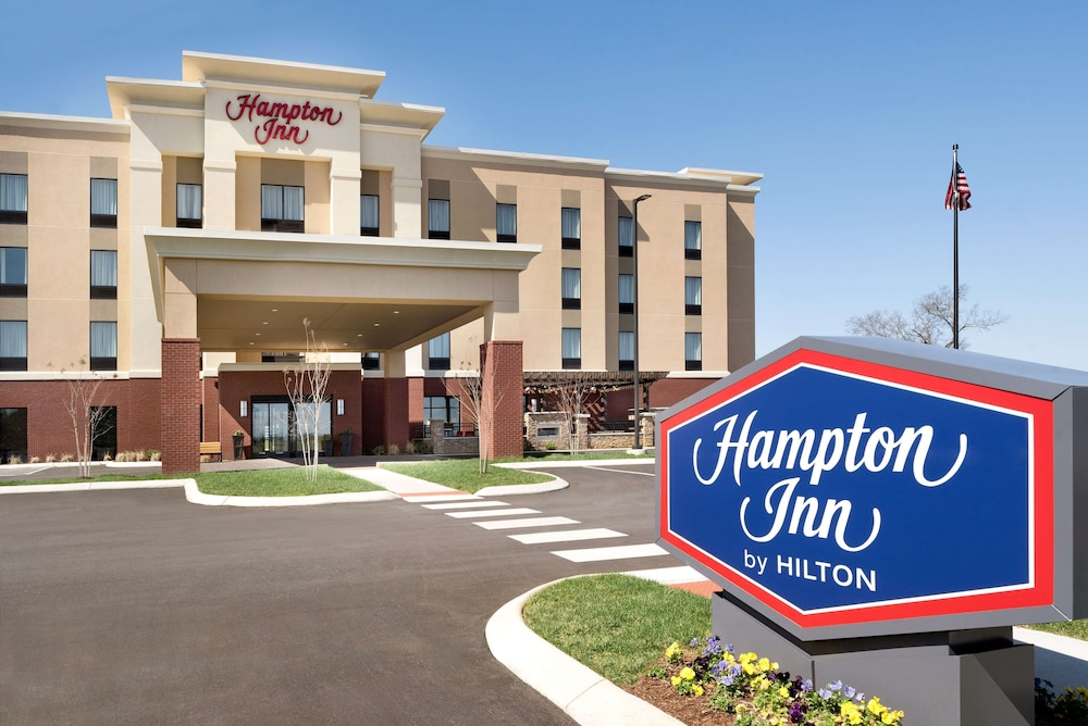 Featured Image, Hampton Inn Spring Hill