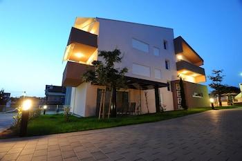 Apartments Hills