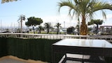 Happy Few - Le Blue Whale - Saint-Laurent-du-Var Hotels