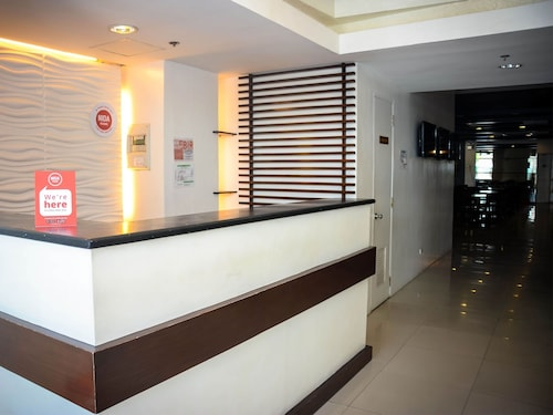 NIDA Rooms Ayala Access