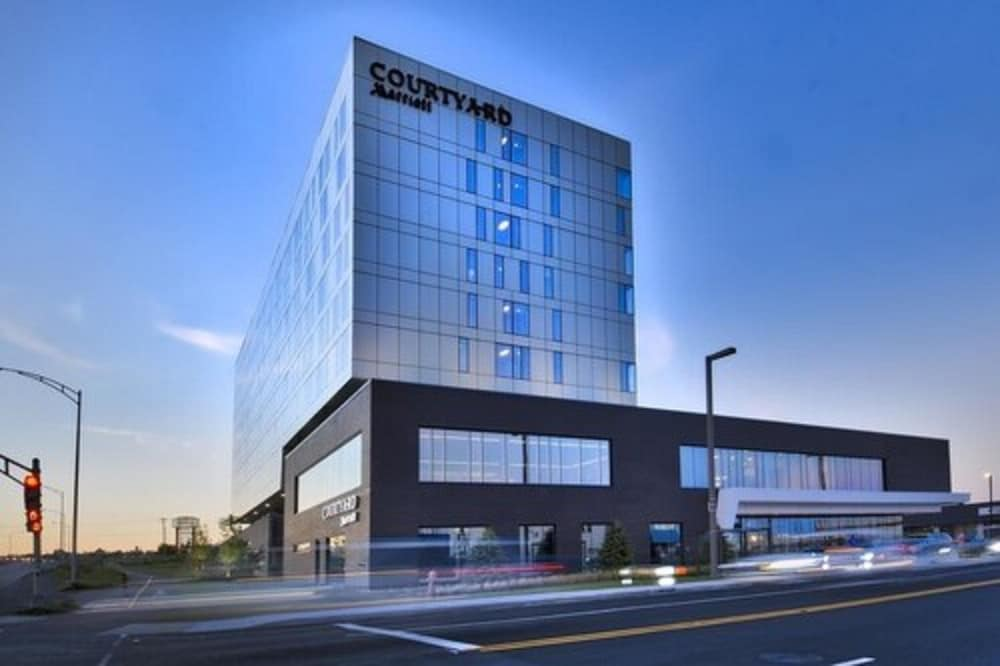 Front of Property - Evening/Night, Courtyard by Marriott Quebec City