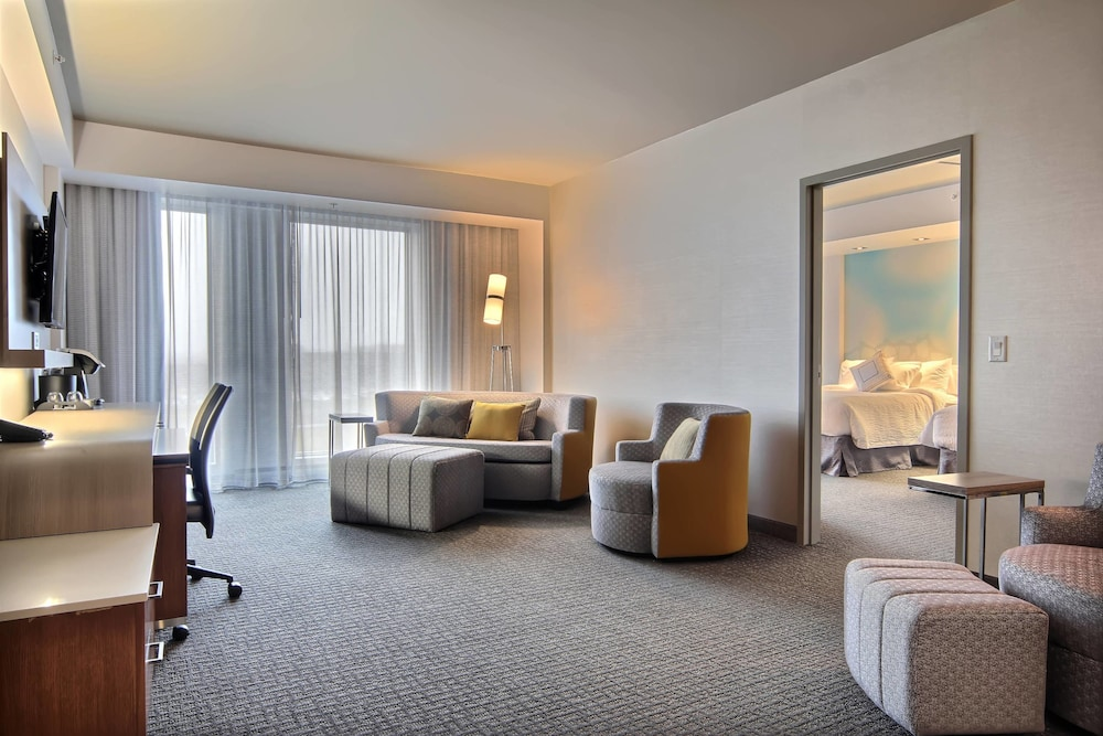 Room, Courtyard by Marriott Quebec City