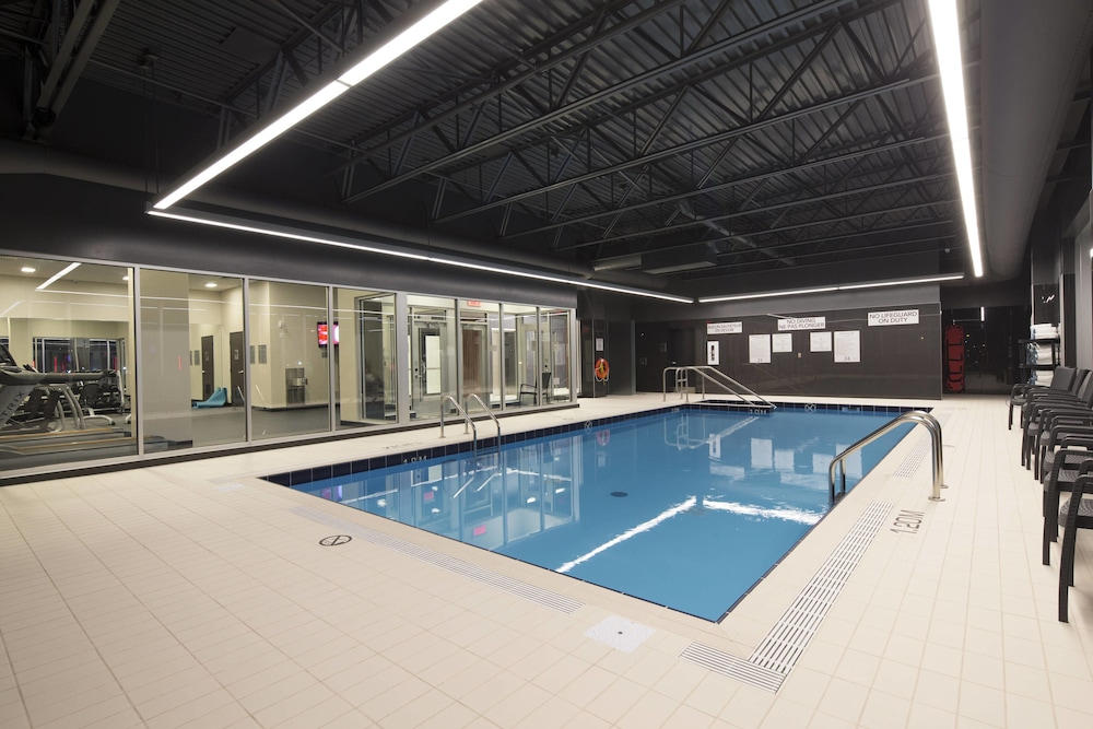 Pool, Courtyard by Marriott Quebec City