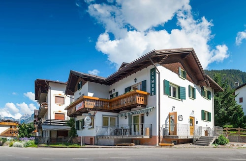 Hotels in auronzo di cadore veneto find cheap hotels for Meuble bar stube giustina