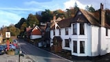 The Plough Inn - Dorking Hotels