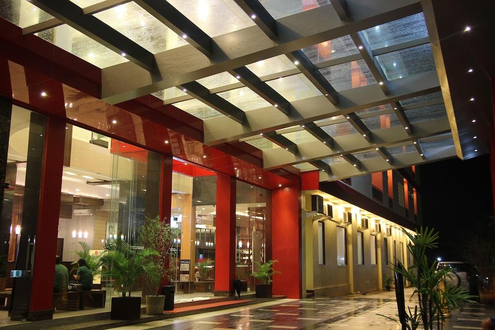 hotel roditha banjarbaru in banjarbaru hotel rates reviews on orbitz rh orbitz com
