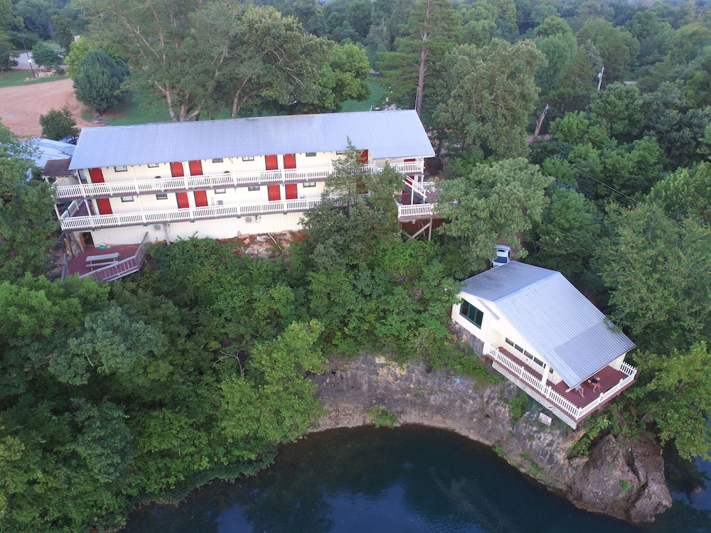 Aerial View, Eagle's Landing River Resort