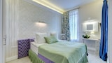Luxury apartments on Nevsky 22 - St. Petersburg Hotels