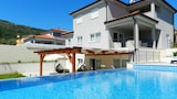 YourCroatiaHoliday Bed & Breakfast - Labin Hotels