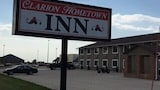 Clarion Hometown Inn - Clarion Hotels