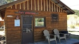 Chinook's Snowy Pine Cabins and RV - South Fork Hotels
