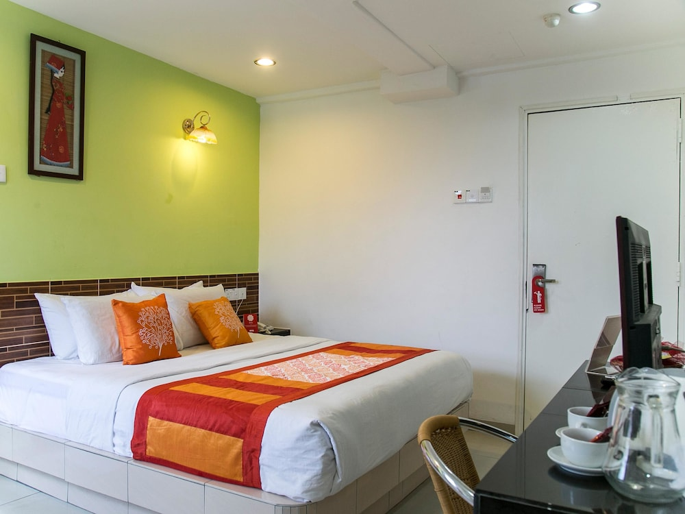 OYO 171 Hotel Time Malacca 2018 Reviews Hotel Booking Expedia