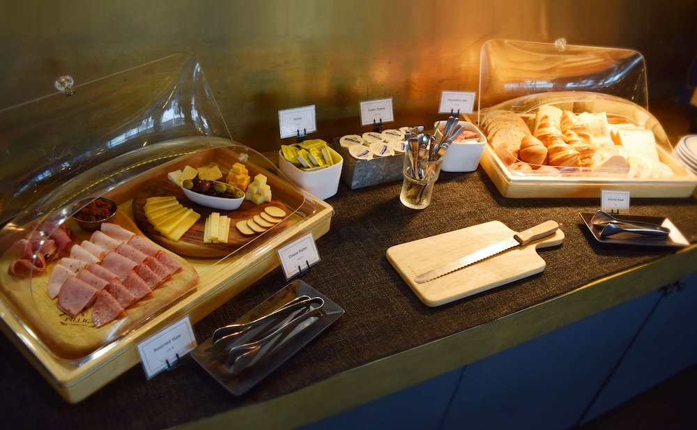Breakfast buffet, Hotel28 Myeongdong