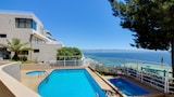 Oceanfront Retreat - Vina del Mar Hotels