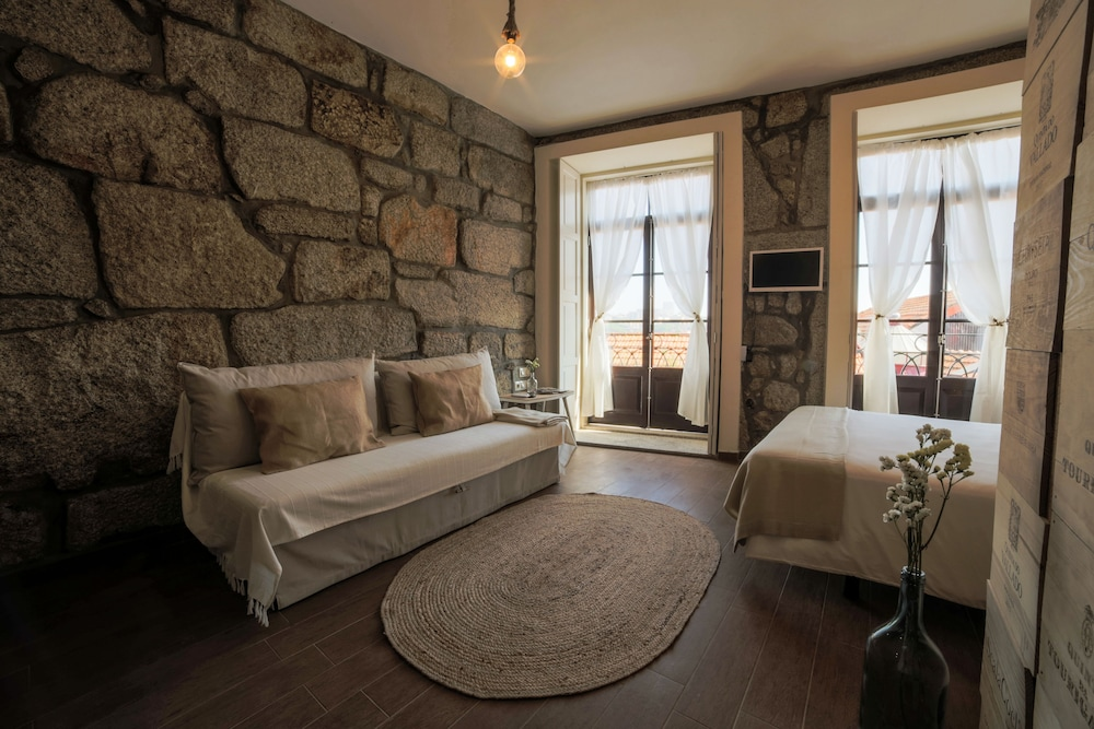 porto nacional chat rooms Book great value golf breaks and golf holidays to hotel solverde spa & wellness center, porto registo nacional prices are based on twin occupancy of rooms.