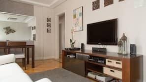 TV LCD 42-polegadas com canais via satélite