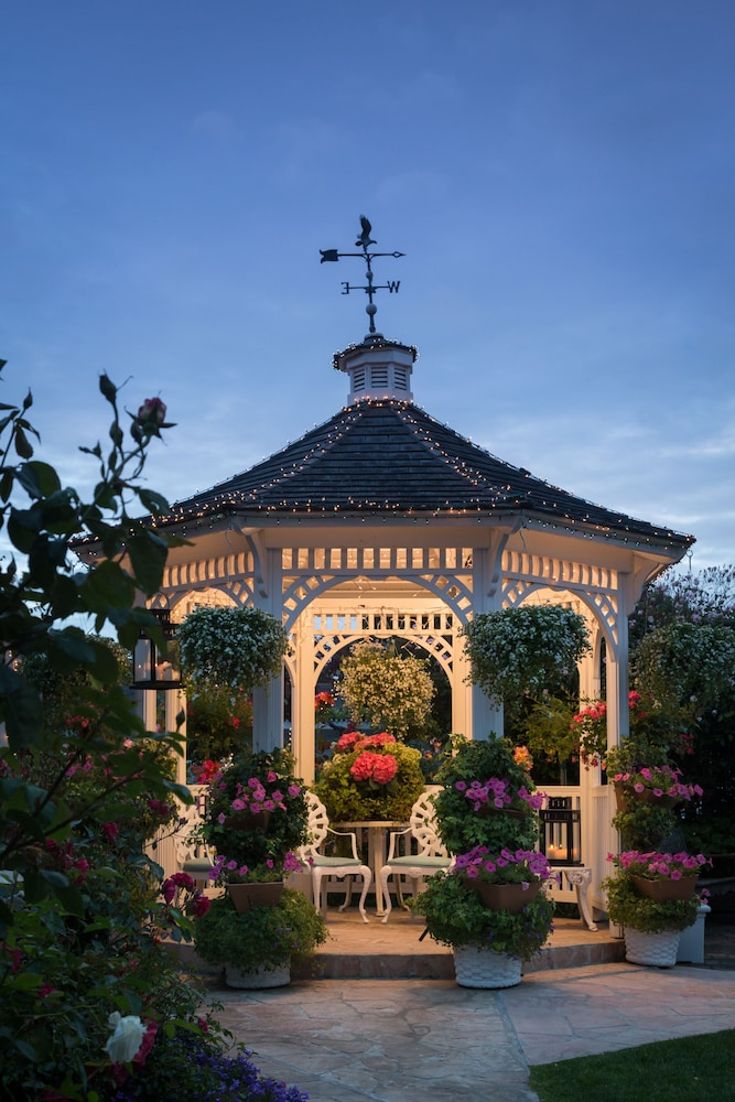 Gazebo, Mill Rose Inn