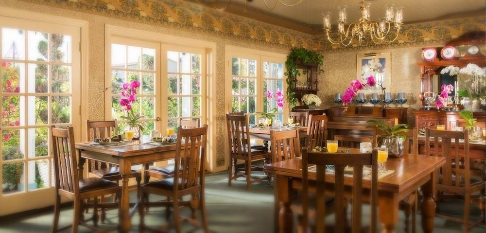 Breakfast Area, Mill Rose Inn