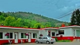 Boundary Creek Motel and RV Park - Greenwood Hotels